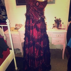 Aspeed red and black beaded gown